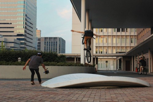 Matt Reyes - Japan - Tuck No Hander - WheelTalk