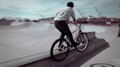 Alameda Skatepark - Cameron - Feeble Barspin