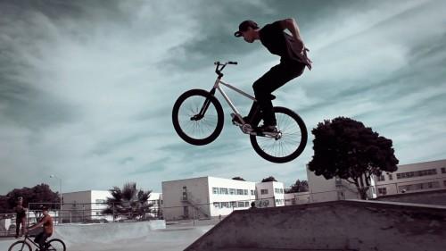 Alameda Skatepark - Jimmy Watcha - Suicide No Hander