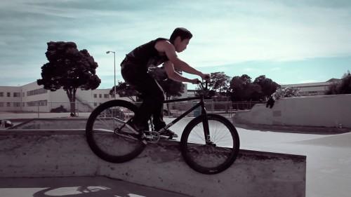 Alameda Skatepark - Peter Van Nguyen - Pegs To 180