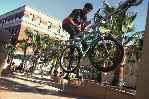 Anthony Combs - Wheel Talk - Turf Bikes - San Francisco 2014 - Barspin