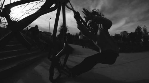 HarnessTheGnarness2014_FGFS_JamesMadarang_CameraSmash