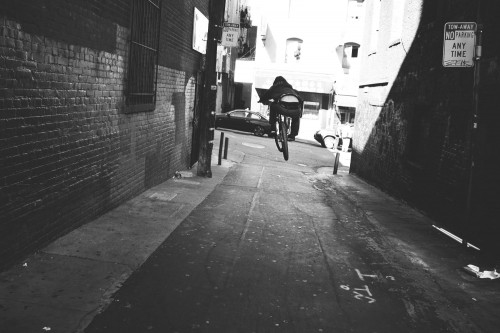 EdWonkaLaforte_CaponeBikes_LaforteFrame_AlleyWayHop