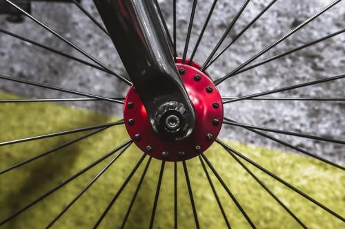 BombtrackBicycleCo_Interbike2015_Needle_FrontHub