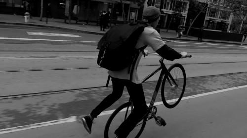 Tarck_FixedGear_WheelTalk_TurfBikes_SF2016_MattReyes_NoFootedWheelie2