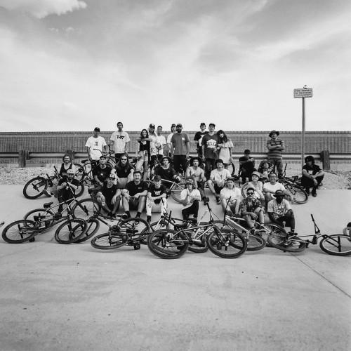 120mm_Hasselblad 503cx_ShotNumber161_FGFS_Arizona2016_PricklyPearJam_FamilyPhotoWide
