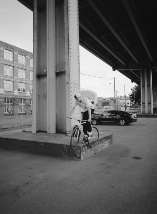 evancrane_sf2016_mediumformat_mattreyes_pedalfeeble